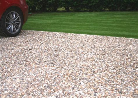 pebble driveways  maintenance driveways howth