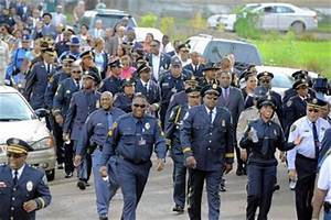 Law enforcement group marches to build 'positive police ...