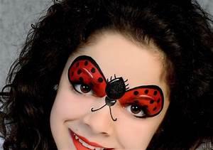 Karneval Gesicht Schminken : so schminken sie sich als marienk fer in weniger als 10 minuten ~ Frokenaadalensverden.com Haus und Dekorationen