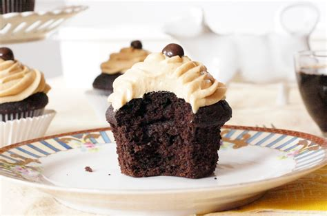 If you like this post, please share it or repin chocolate coffee cupcakes. The Dormestic Goddess: Dark Chocolate Coffee Cupcakes with Marshmallow Coffee Buttercream