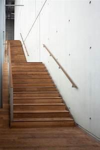 Ausgleichsmasse Auf Holz : treppenbelag aus holz auf beton verlegen tipps tricks ~ Frokenaadalensverden.com Haus und Dekorationen