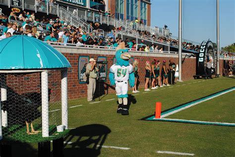 Pin by Coastal Carolina Athletics on Football | Soccer ...