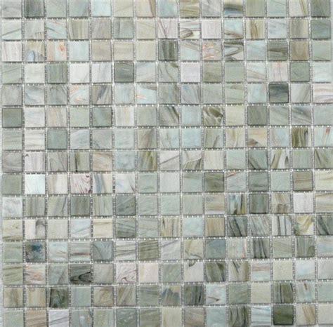 comment couper pate de verre carrelage verre salle de bain trendy carrelage de verre mural pour cuisine et salle de bain