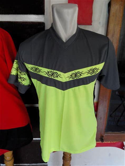 motif baju futsal keren  disini