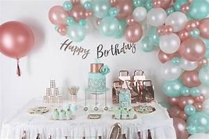 Deco Anniversaire 10 Ans : 01 anniversaire lily 10 ans vert mint et rose gold decoration ballons organiques organisation ~ Melissatoandfro.com Idées de Décoration
