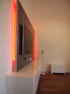 badezimner gestaltung fernseher an der wand im schlafzimmer moderne inspiration innenarchitektur und möbel