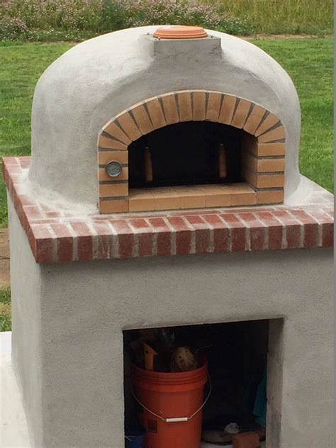 wood fired brick pizza