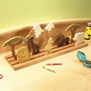 Scrollsawn Safari Puzzle Woodworking Plan from WOOD Magazine