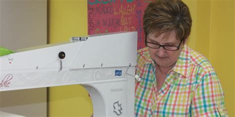 How Much To Charge When Longarm Quilting For Others