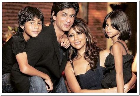 Shahrukh Khan With Family, Marriage, Son, Daughter, Family