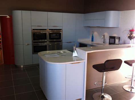 cuisine schmidt plaisir magasin de cuisine rangement salle de bains à