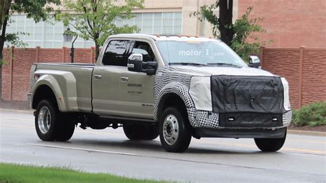 2019 Ford Fseries Super Duty Spied With Modest Facelift