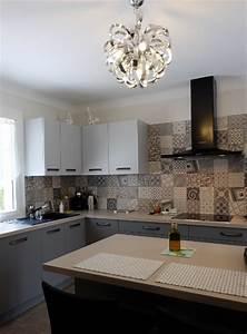 carreaux de ciment habillez le sol les murs et la With carreaux de ciment crédence cuisine