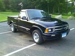 C5r2000sv 1997 Chevrolet S10 Regular Cabshort Bed Specs  Photos  Modification Info At Cardomain