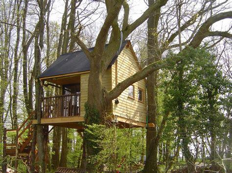 la cabane aux secrets boomhut outines frankrijk supertrips
