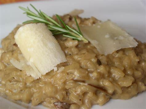 cuisiner cepes frais risotto aux cèpes parmesan et romarin passe moi ta recette