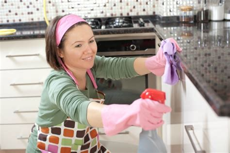 cleaning the kitchen tips for a cleaner kitchen