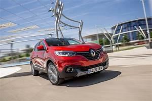 Renault Occasion Kadjar : essai renault kadjar 2015 le test du nouveau suv renault l 39 argus ~ Medecine-chirurgie-esthetiques.com Avis de Voitures