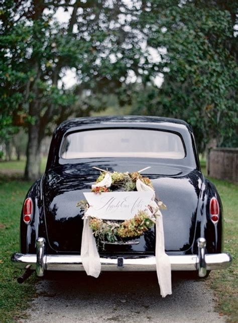 picture  cool  creative wedding getaway car decor ideas