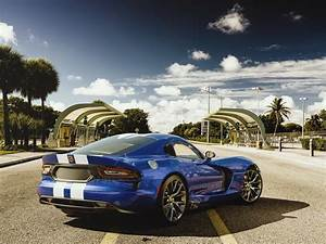 Dodge Viper Pictures Wallpapers (66+ images)