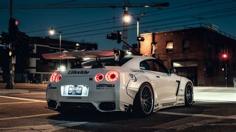 White Nissan GT-R wallpapers and images - wallpapers ...