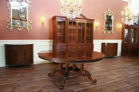 high   mahogany dining table  duncan phyfe