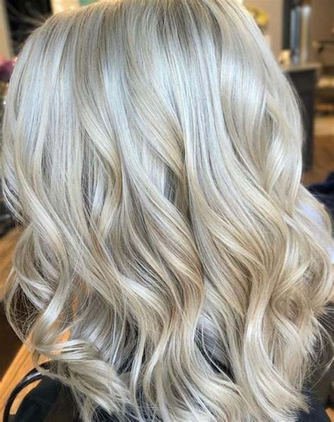 Best Buttery Blonde Hair Color Trends You Must Try in 2020