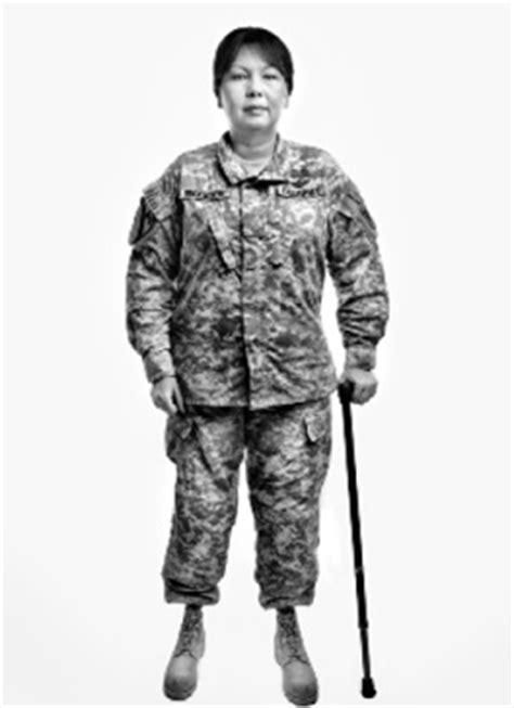tammy duckworth america  uniform