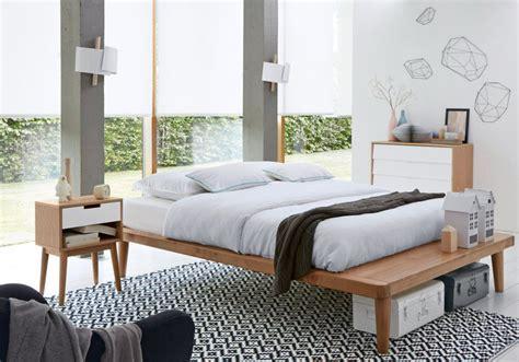 une chambre à la cagne une chambre blanche accessoirisée d un tapis graphique