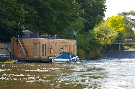 Houseboat Zoopla by Top 10 Houseboats For Sale Zoopla