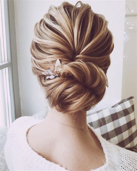 Jaw dropping wedding updo hairstyle inspiration - Fabmood