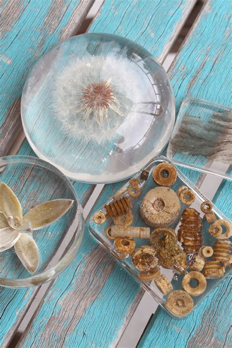diy clear casting resin paperweights resin crafts