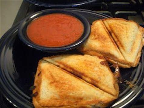 grilled pizza pockets   sandwich maker good eats