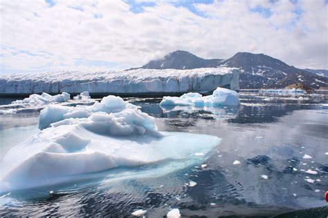 Filegreenland Glaciers Outside Of Ammassalik 5562580093