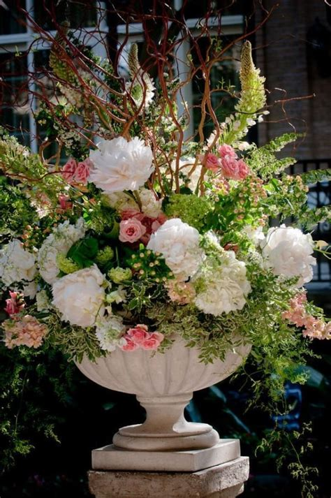 centerpieces flowers   alter  weddbook