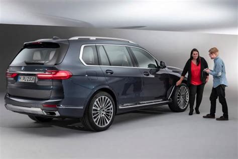 2019 Bmw X7 Suv by New 2019 Bmw X7 Flagship Bmw Suv Arrives To Tackle The