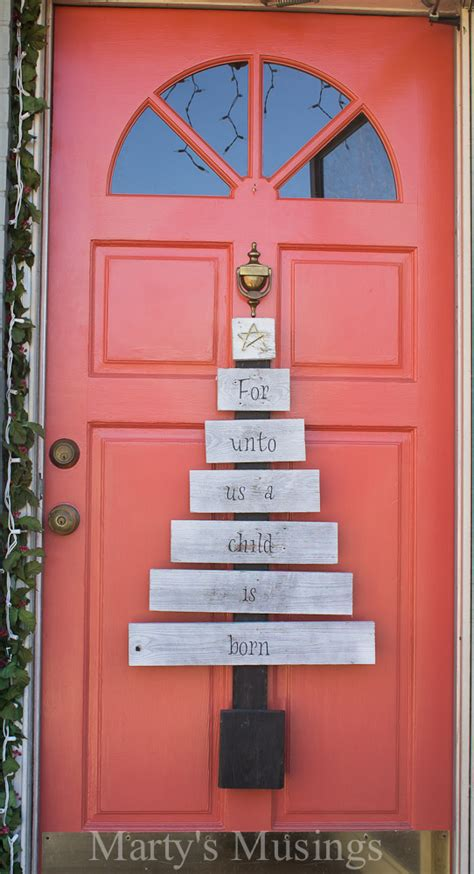 amazing christmas pallet projects