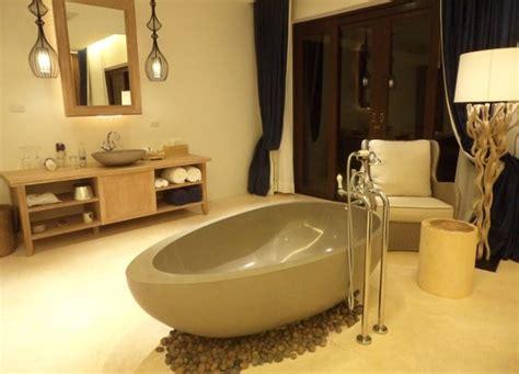 reducteur de baignoir baignoire galet