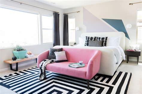 bedroom makeover geometric decor pink sofa teen vogue