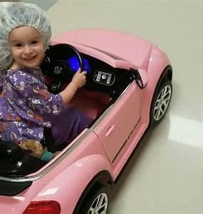 Petite Voiture Enfant : cet h pital pr te de petites voitures aux enfants pour se ~ Melissatoandfro.com Idées de Décoration