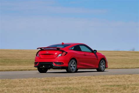 2017 Honda Civic Si Price by 2017 Honda Civic Si Plugs The Gap With 24 775 Price Tag