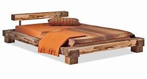 Bett Holz Dunkel : futonbett niedrig bett selber bauen aus holz weis futon ohne kopfteil 180x200 holzbalken ~ Markanthonyermac.com Haus und Dekorationen