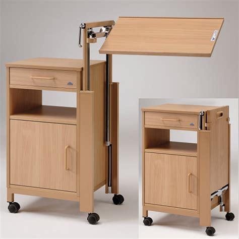 nachttisch mit ausklappbarem tisch nachttisch cherusker mit tischplatte betttisch pflegebetten pflege zu hause rehaland
