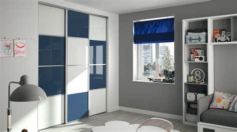 meubles de cuisine sur mesure dressing pour votre chambre portes de placard pour chambre