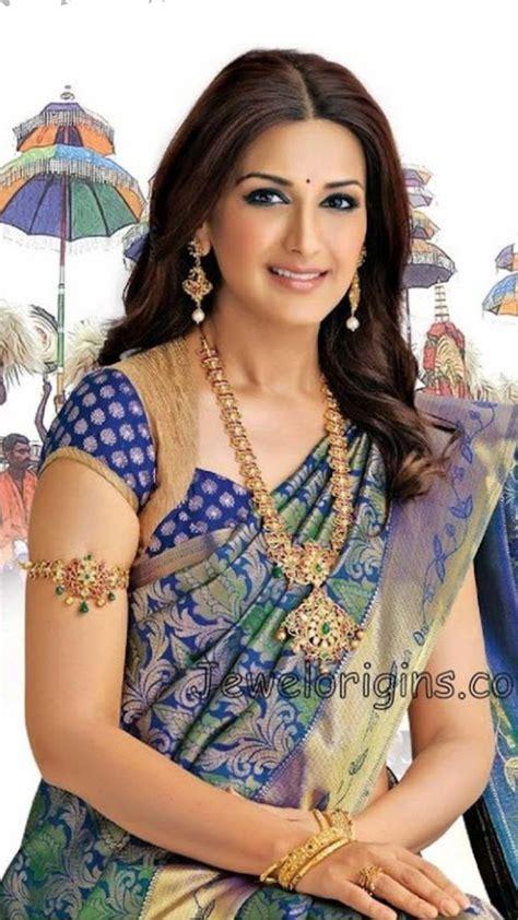 pretty sonali bendre  silk saree  wearing attractive