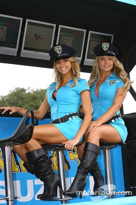 lovely rizla suzuki motogp girls   gp