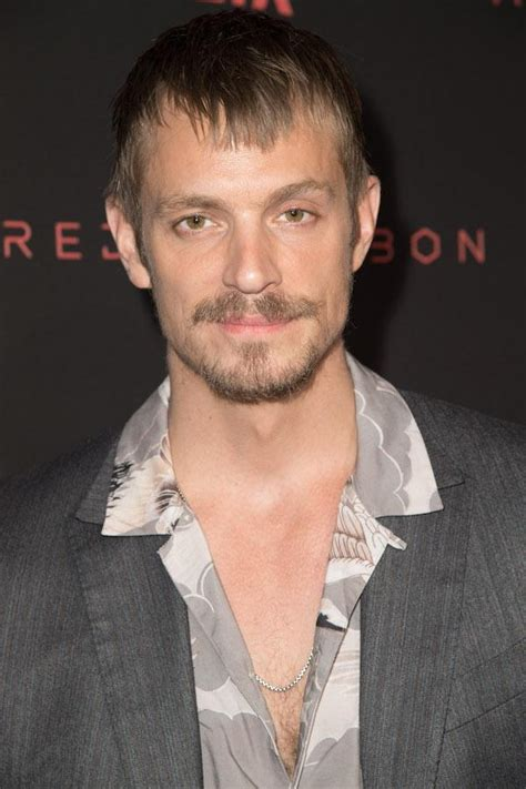 altered carbon actor joel kinnaman  returning