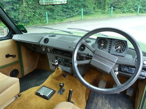 vintage range rover interior pjx 559x 1981 classic range rover 2 door land rover