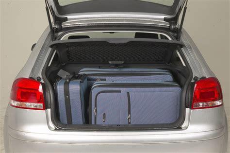 audi  hatchback   features equipment
