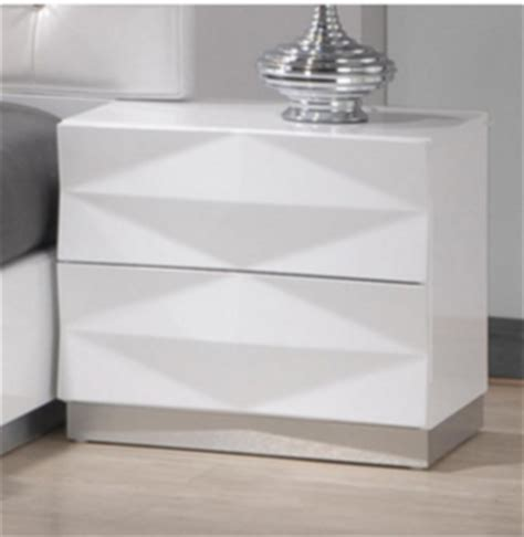 Contemporary White Nightstands by 7 Modern White Nightstands For A Contemporary Bedroom